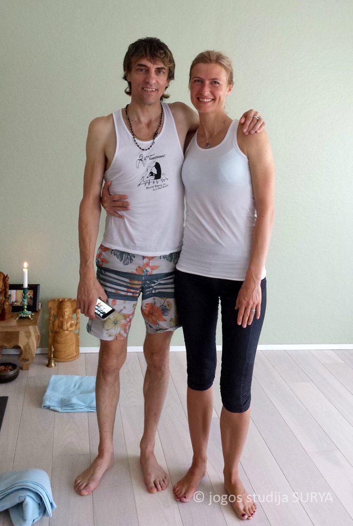 Aštanga joga Inga su David Garrigues