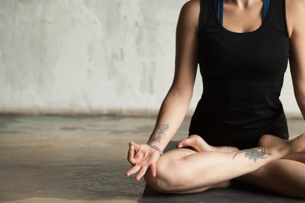Meditacija Jogos studija Surya